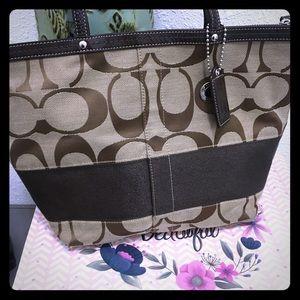 Coach Signature Jacquard large purse handbag
